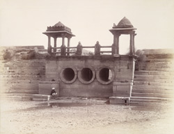 Front view of the inlet sluice of the Khan Sarowar Tank, Patan